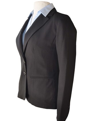 2 button Jacket with traditional lapel